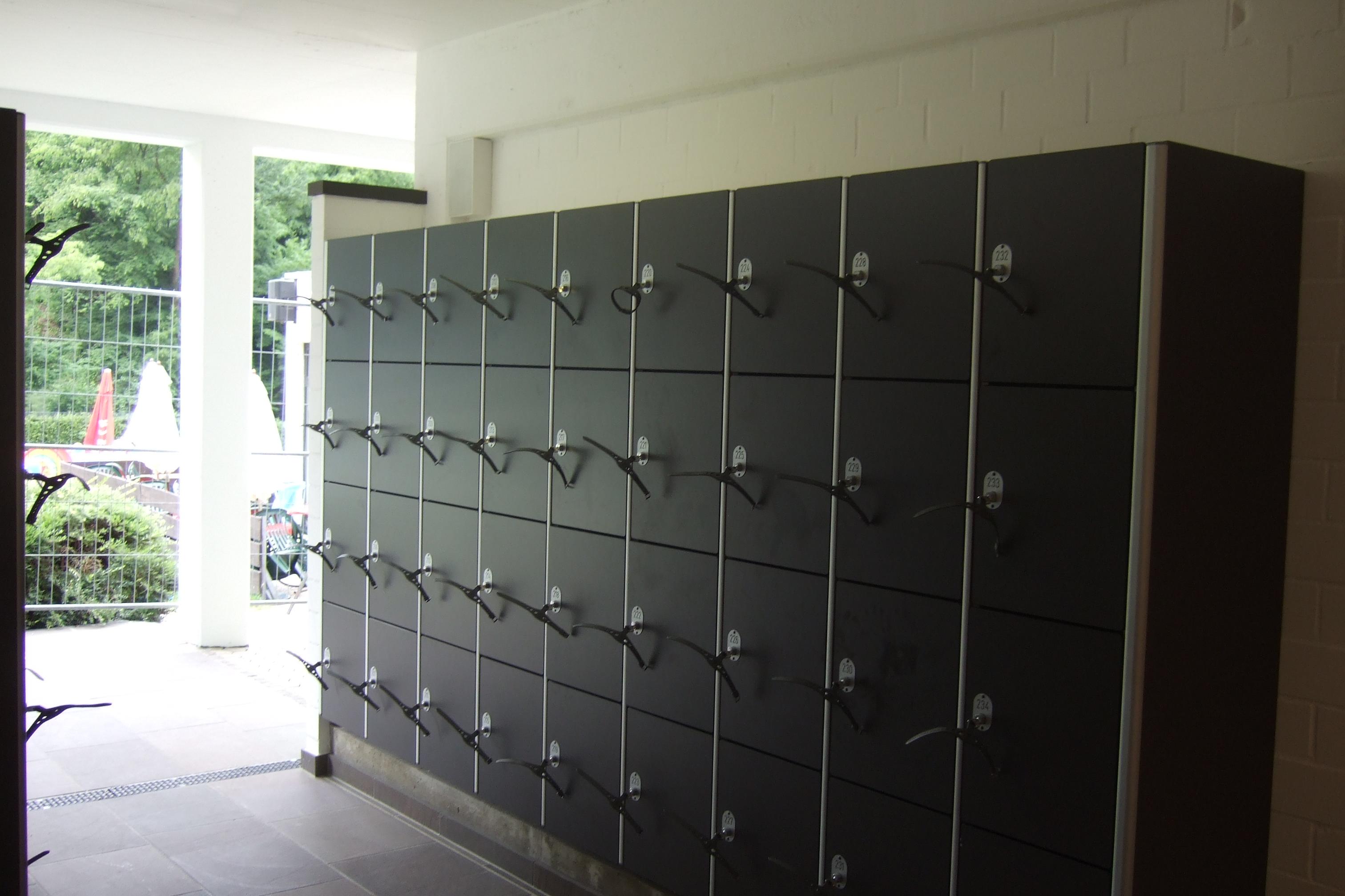 Freibad Rösrath Umkleideschränke DOMO